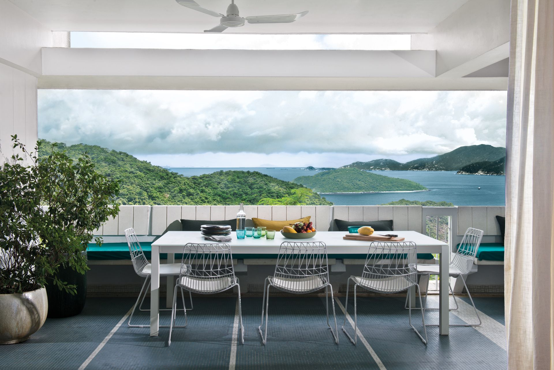 Home Tour: Bayside Sanctuary With A Stunning View