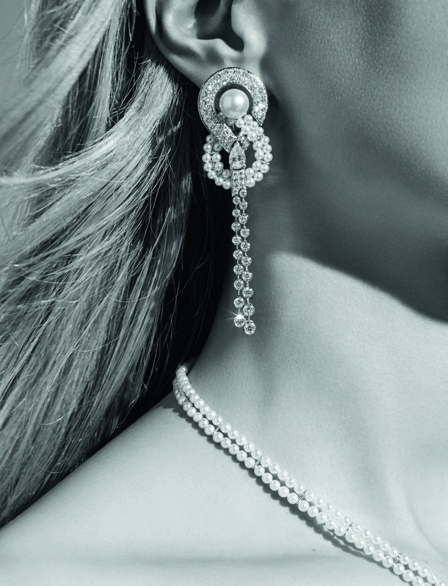 10 Epic Earrings That Bring The Drama