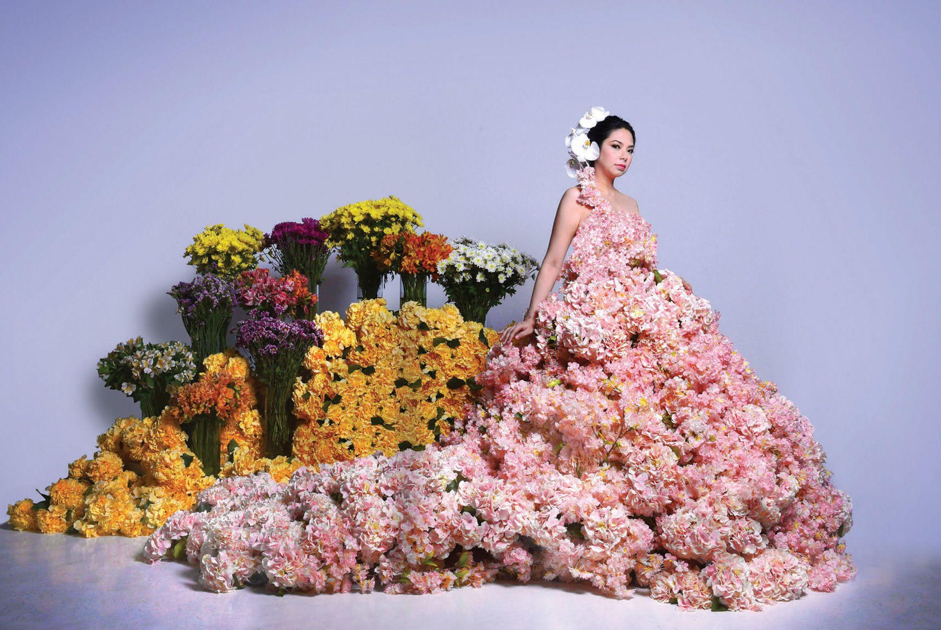 Mia Lozada: In Full Bloom