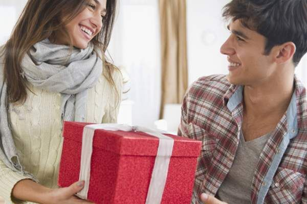 Last Minute Valentines Gift Guide For Him