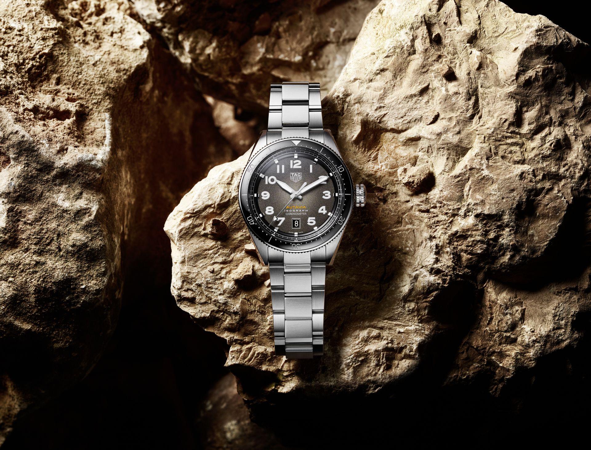 Baselworld: TAG Heuer Reintroduces Iconic Autavia Model