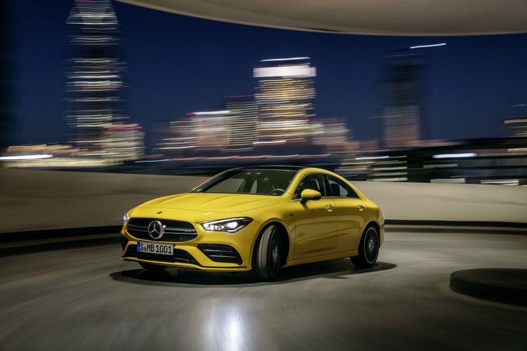 Mercedes-AMG CLA 35 4MATIC, Sonnengelb;Kraftstoffverbrauch kombiniert: 7,3-7,2 l/100 km; CO2-Emissionen kombiniert: 167-164 g/km*Mercedes-AMG CLA 35 4MATIC, sun yellow;Fuel consumption combined: 7.3-7.2 l/100 km; combined CO2 emissions: 167-164 g/km*