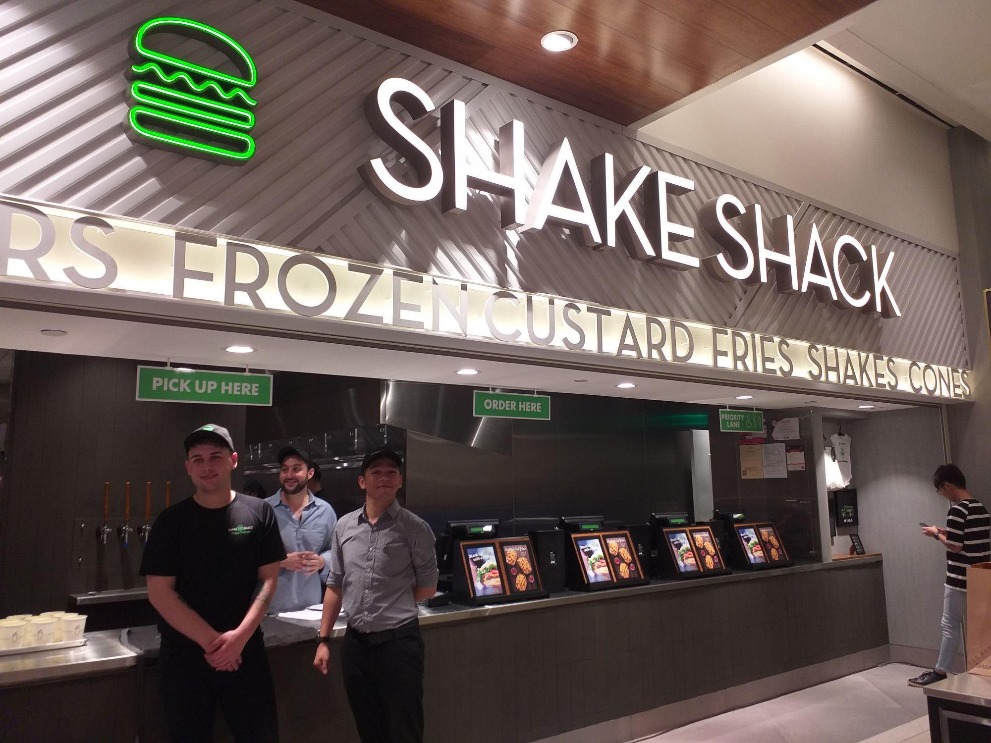 It's Official: Shake Shack Opens in the Philippines on 10 May