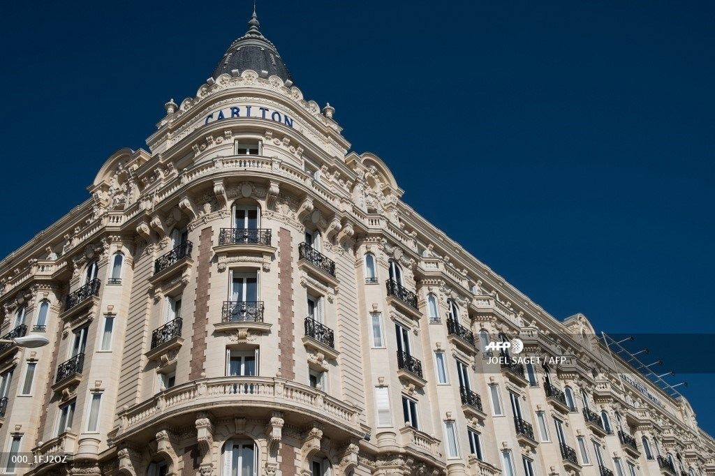 A picture taken on April 9, 2019 shows the facade of the Carlton Hotel, in Cannes, southern France. (Photo by JOEL SAGET / AFP)