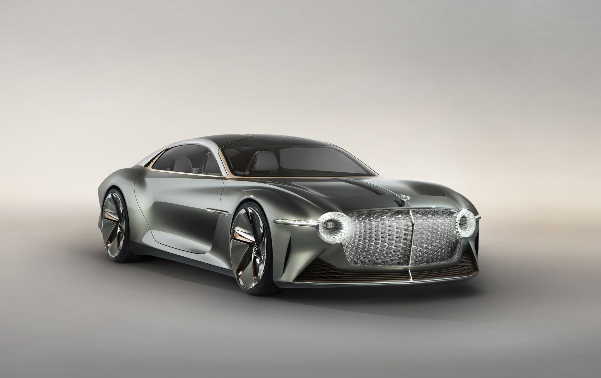 Bentley Has Unveiled Its Vision For The Deluxe GT In… 2035
