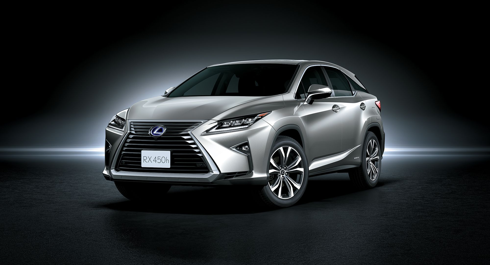 Fifty Shades of Green: The Lexus RX 450h Is For The Opulent And The Eco-Conscious