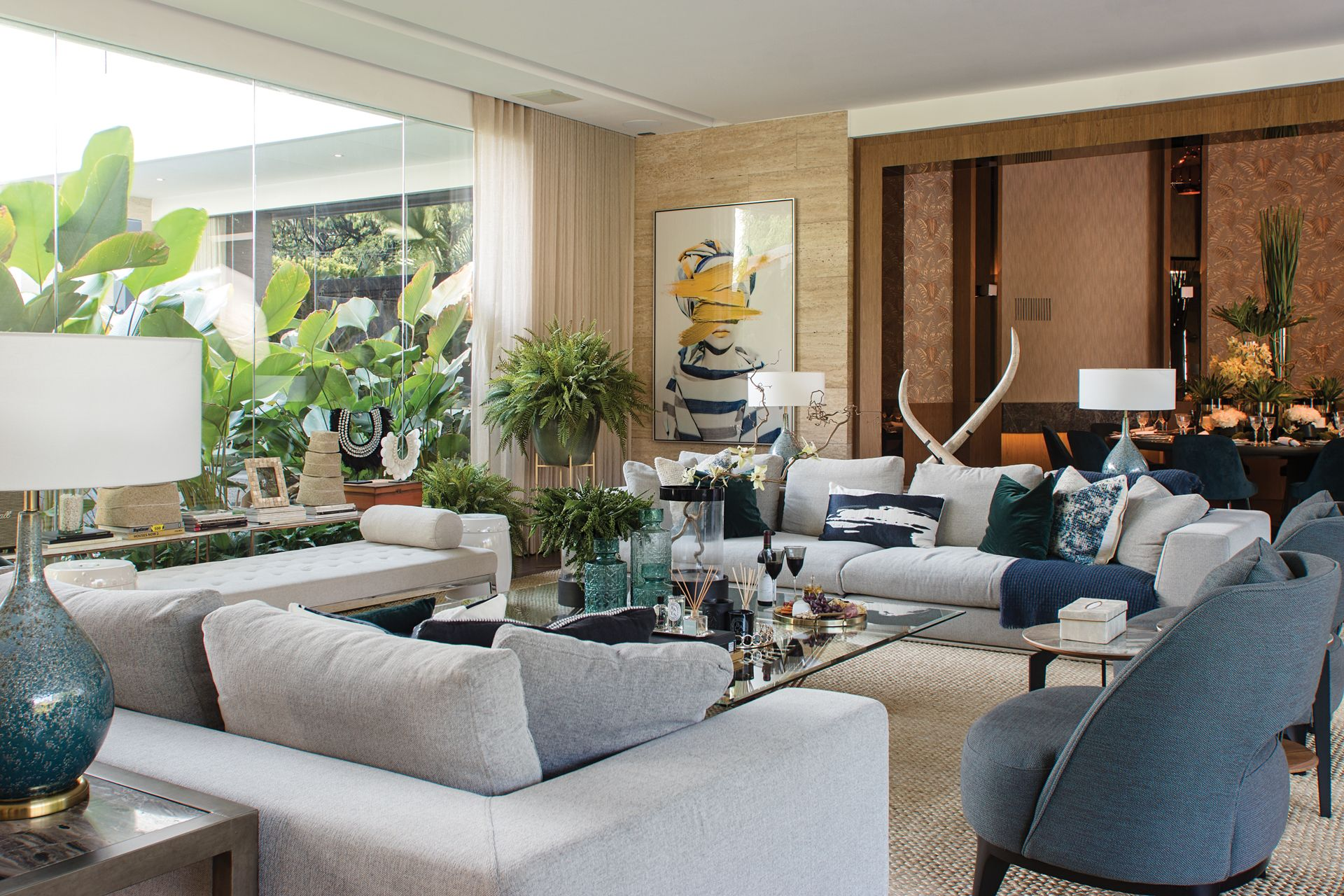 Home Tour: A Tropical Haven In North Forbes