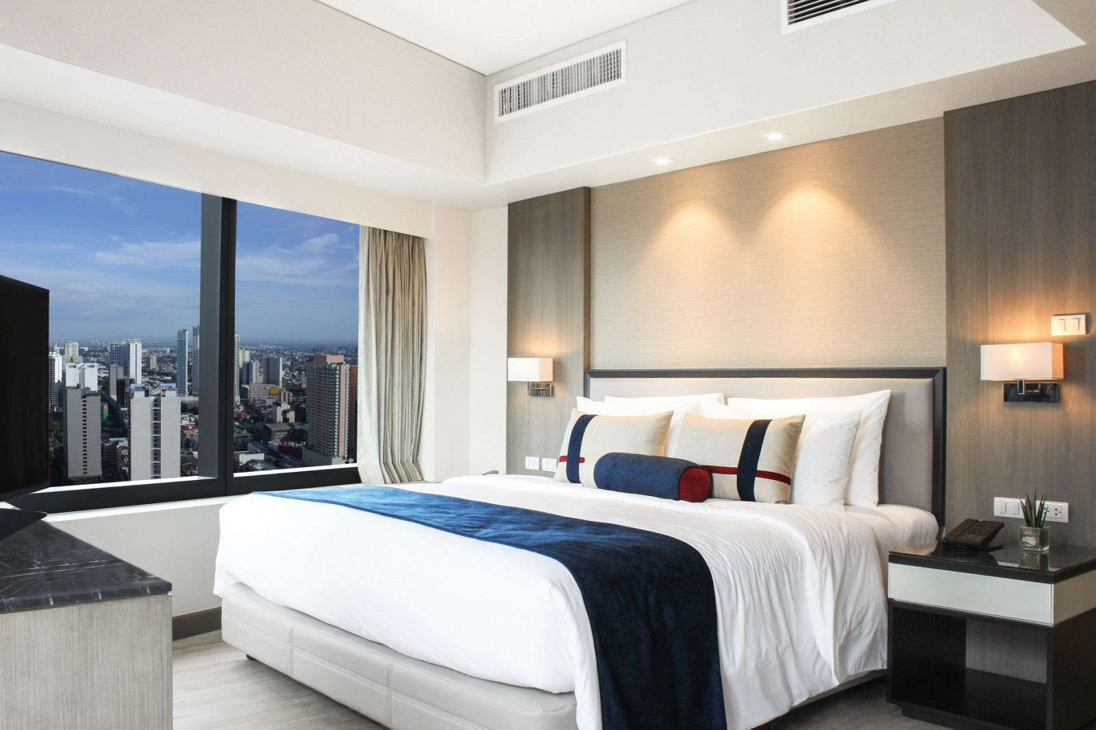 Seda Makati Officially Opens: Staycation, Anyone?