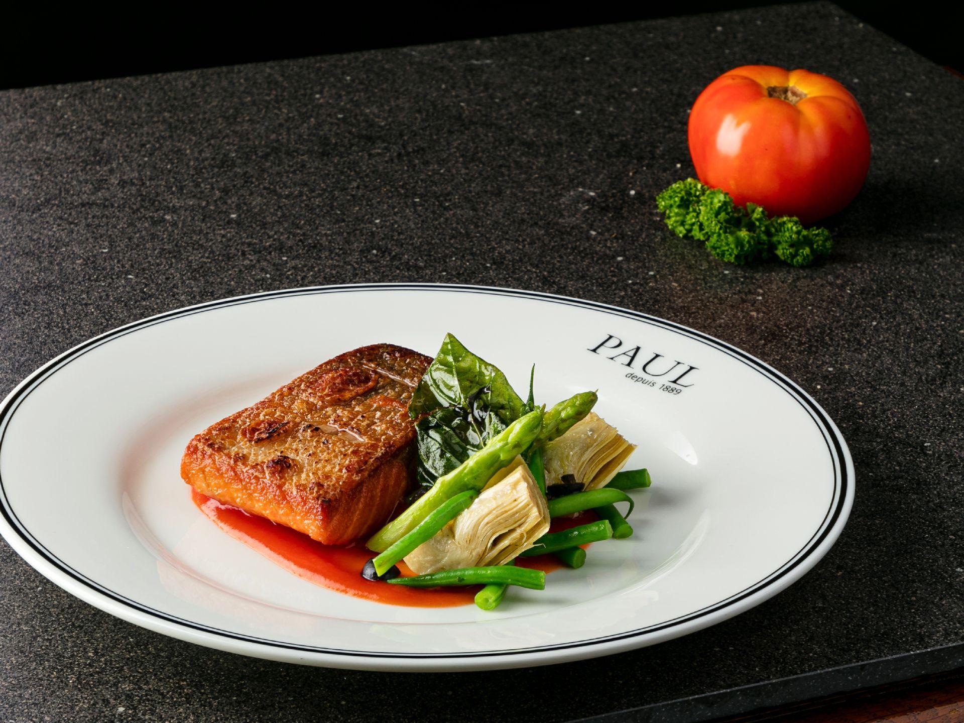 salmon Provençale