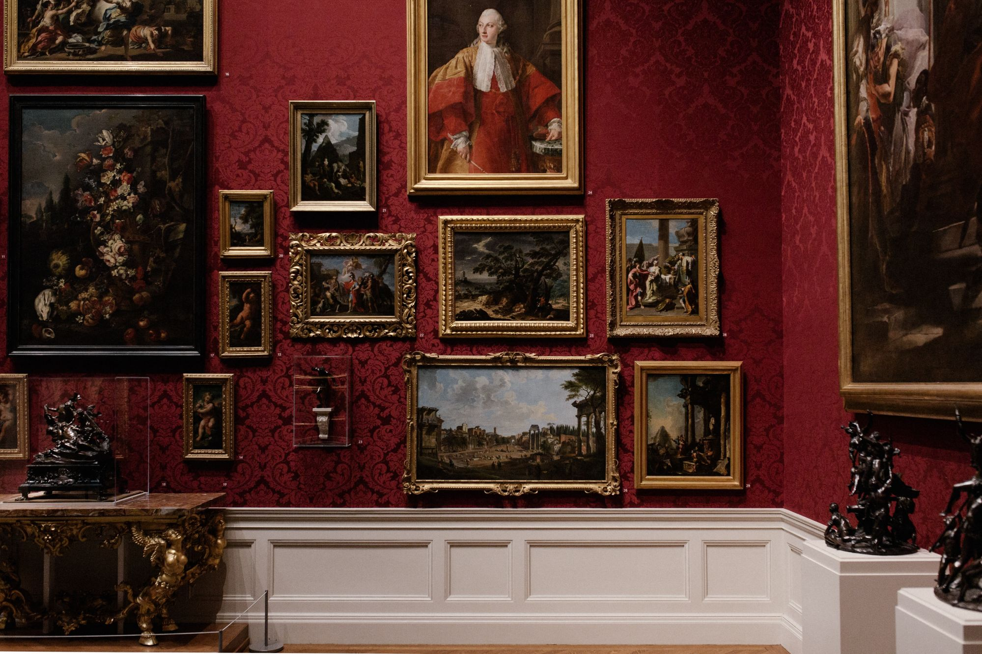 10 Museums We Recommend You Visit (Using Virtual Reality)