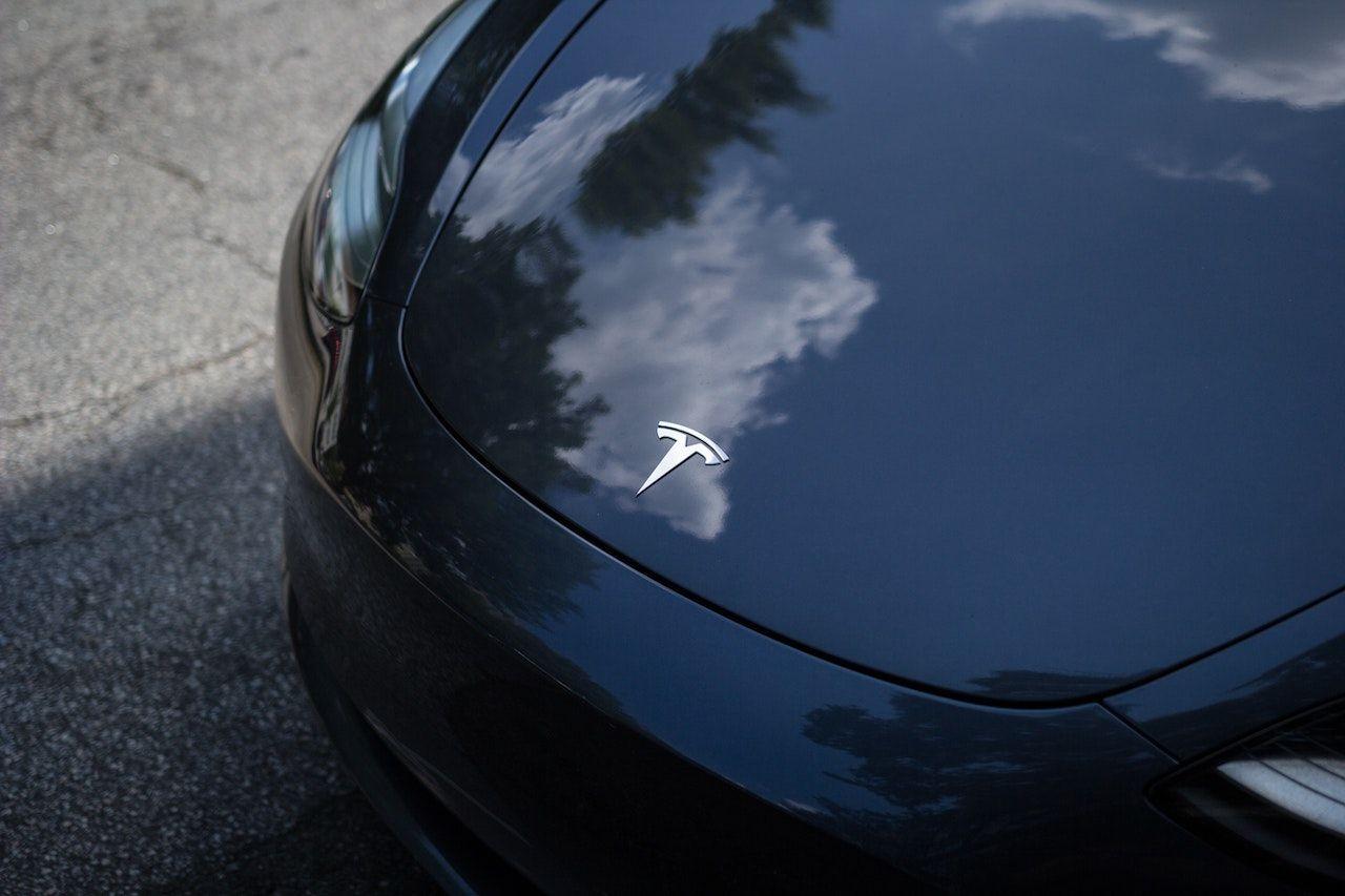Tesla Unveils Ventilator Made From Model 3 Car Parts
