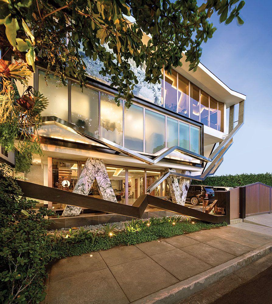 Home Tour: This Carlo Calma Design is a Contemporary Masterpiece