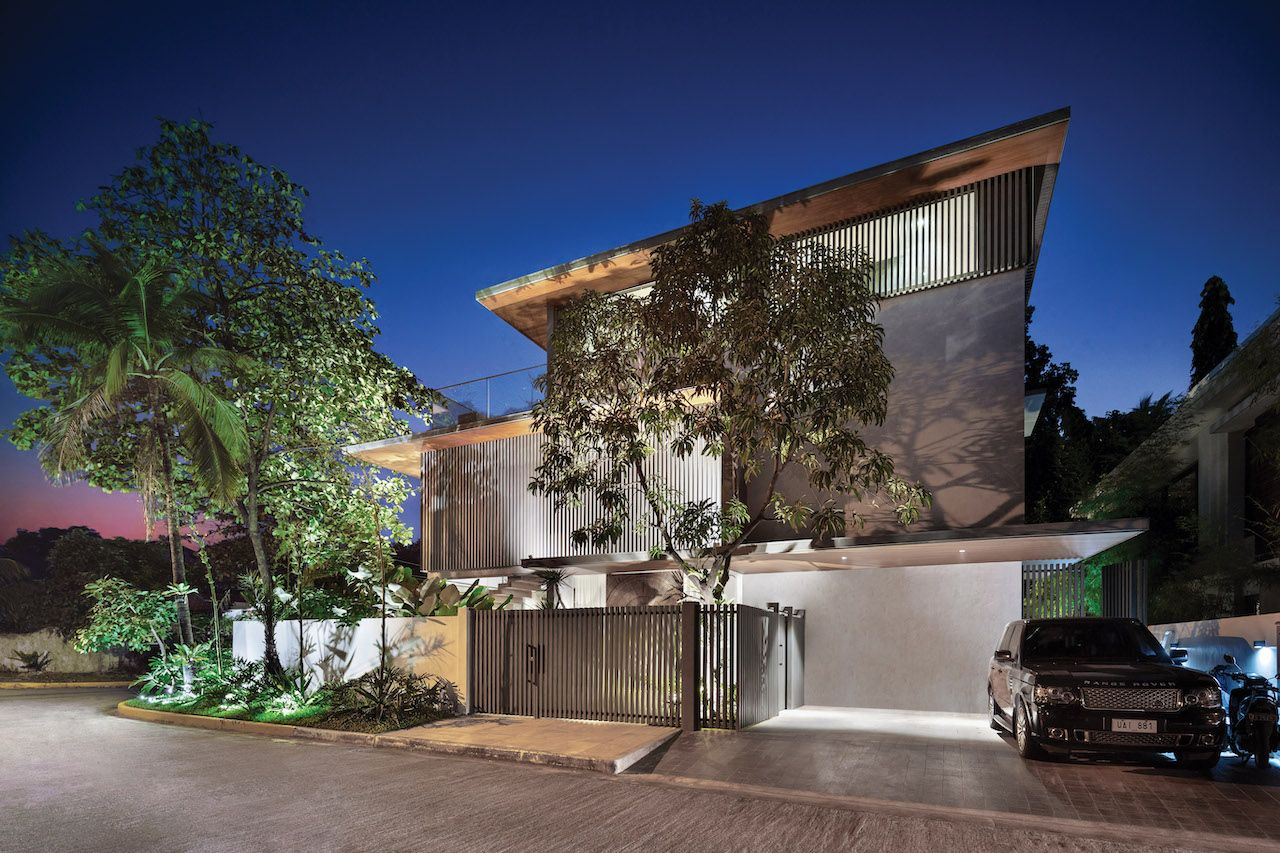 Home Tour: A 500-SQM Tropical Luxury Abode Designed by Budji + Royal