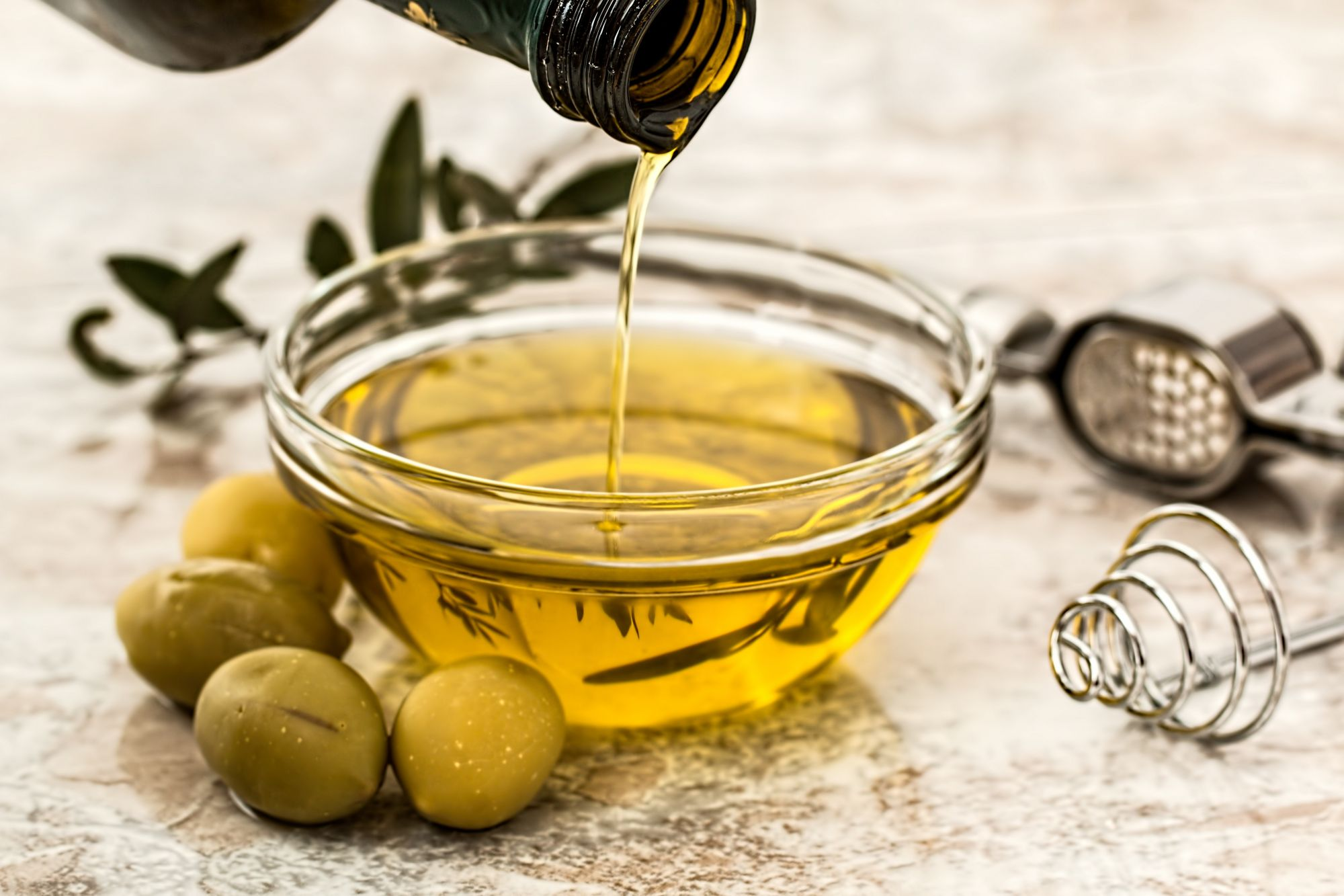 Quarantine Trends: 5 Olive Oil Baked Treats To Try