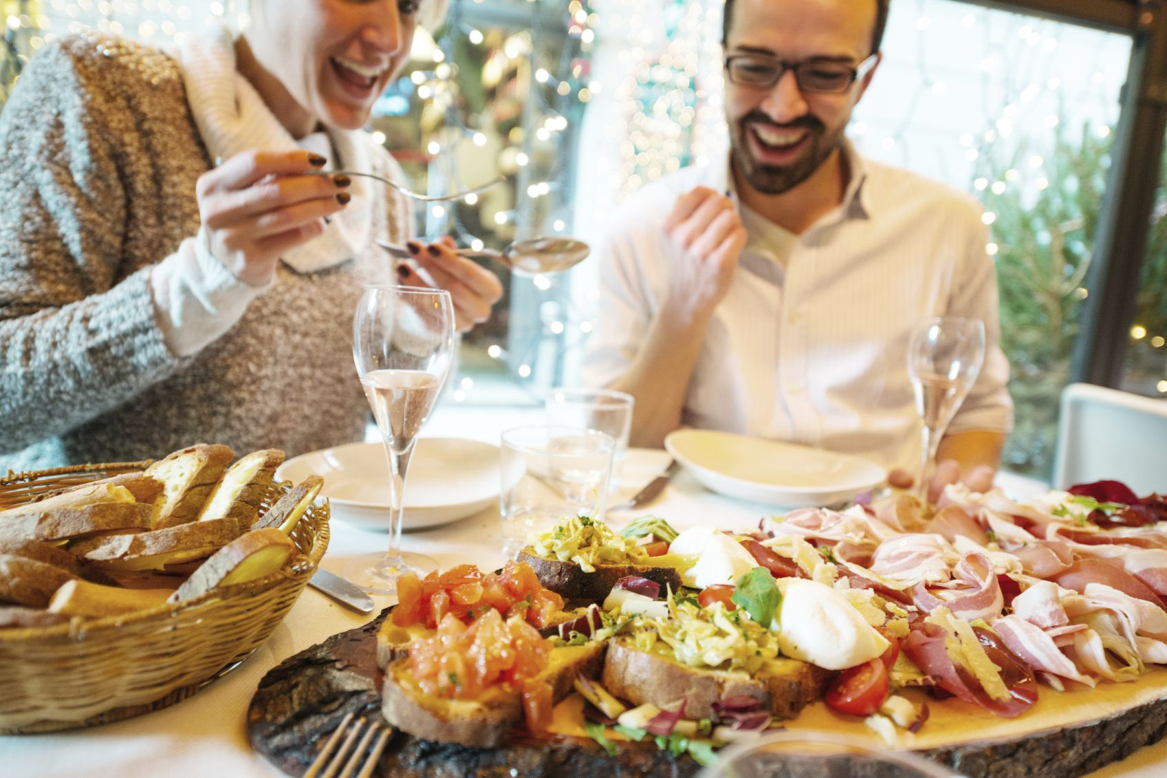 In Italy, restaurants and bars will stop serving at 6:00 pm  © Anna Bryukhanova/Istock.com