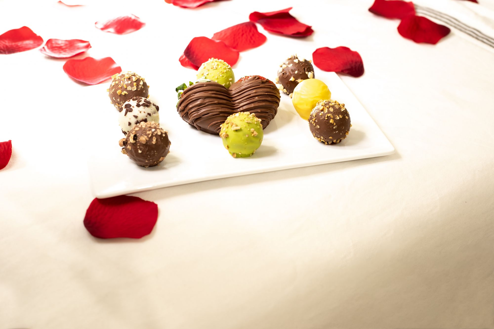 Celebrate Valentine's 2021 At Home With Shangri-La At The Fort