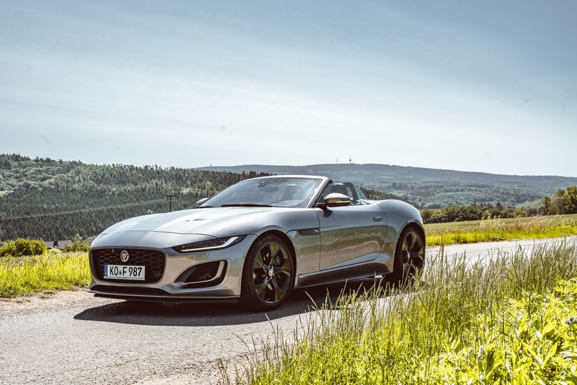 Automobile News: Jaguar Car Brand To Go Fully Electric From 2025