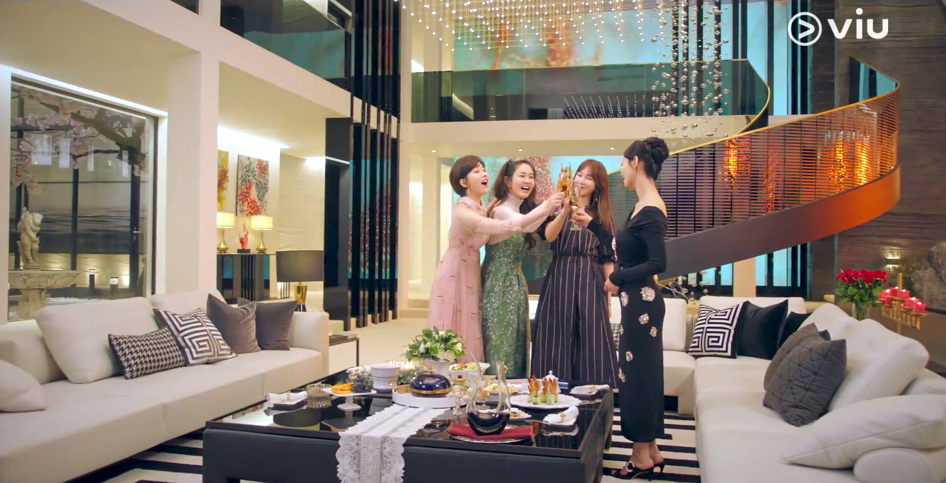 10 Best K-Drama Home Ideas: Penthouse, CLOY, Start Up, And More