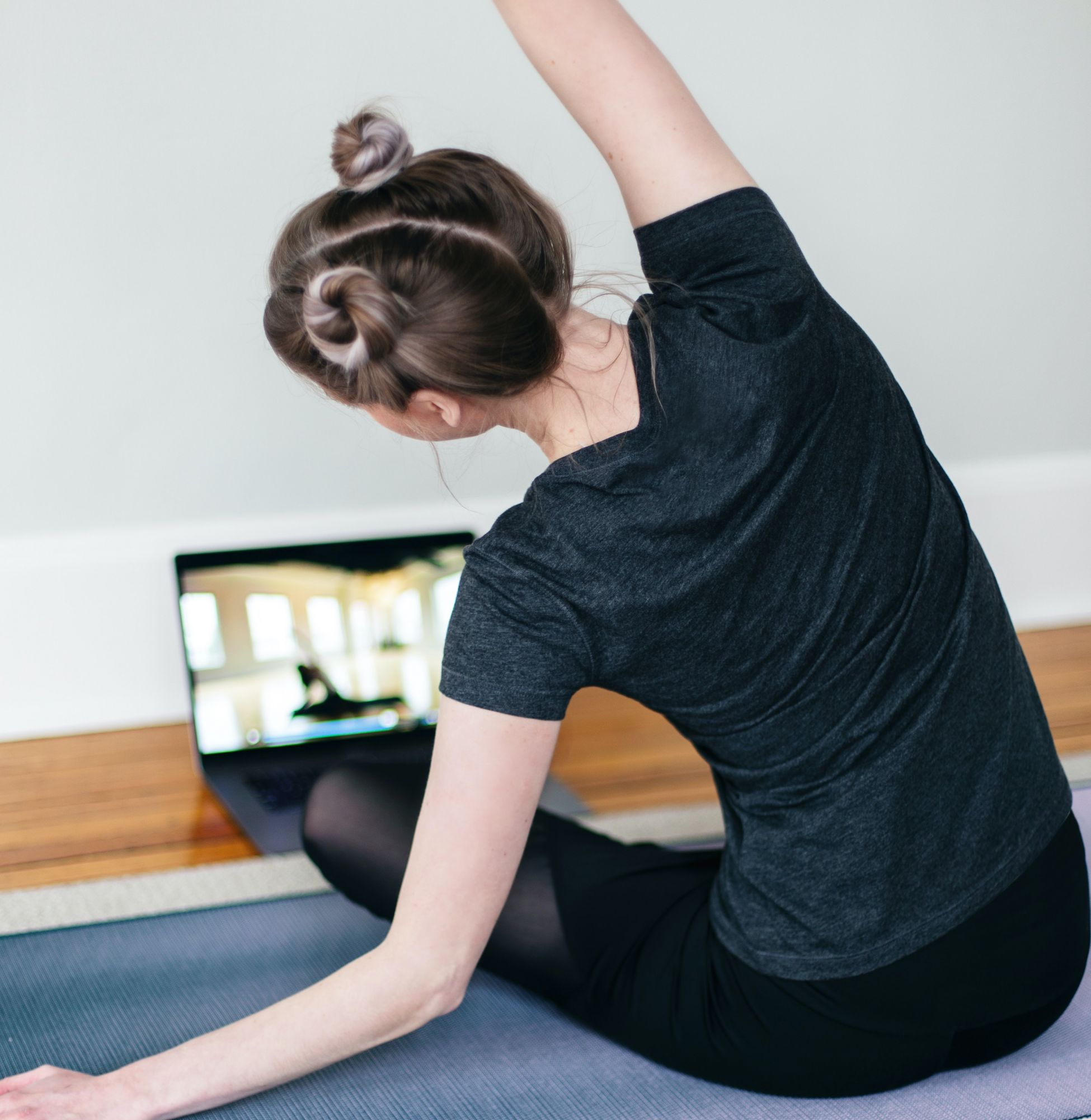 5 Easy Home Workout Routines To Help You Lose Weight Fast