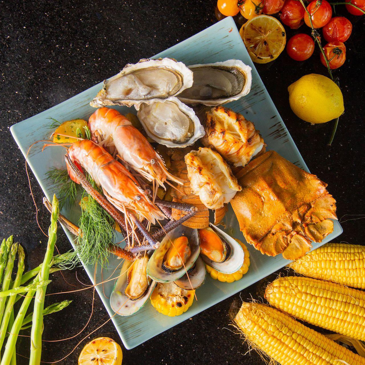 Where To Eat For Easter 2021: Sofitel Manila's Sunset Bar