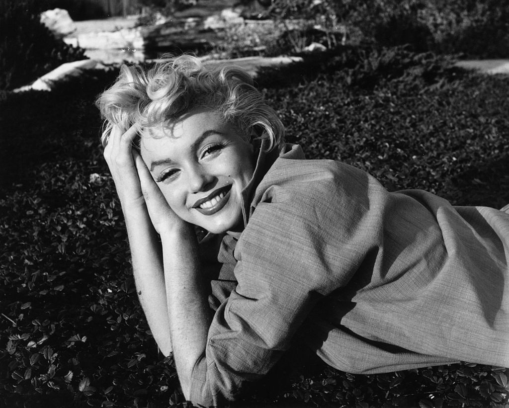 1954:  American film star Marilyn Monroe (1926-1962).  (Photo by Baron/Hulton Archive/Getty Images)