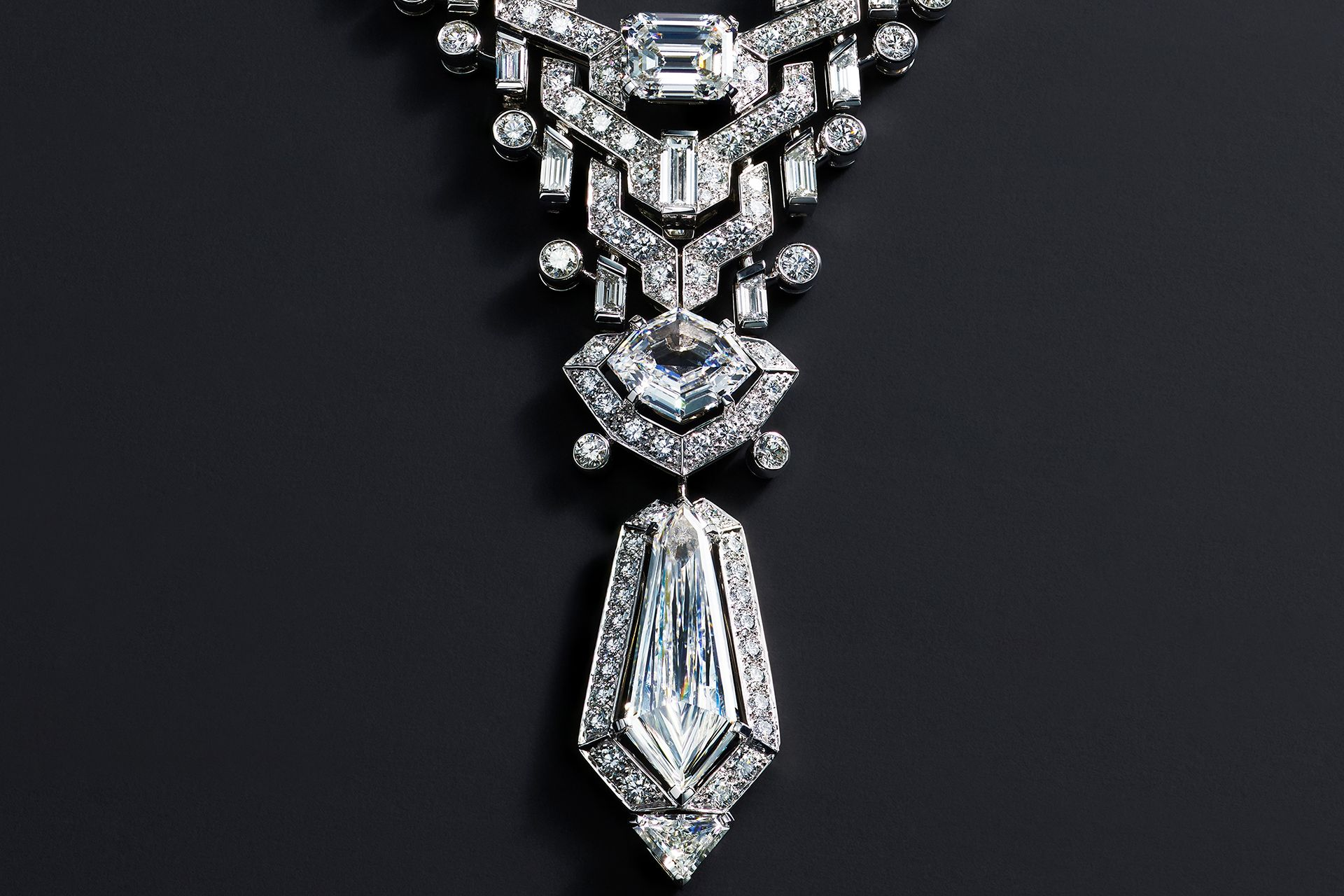 IN PHOTOS: Cartier's High Jewellery Collection, Sixième Sens