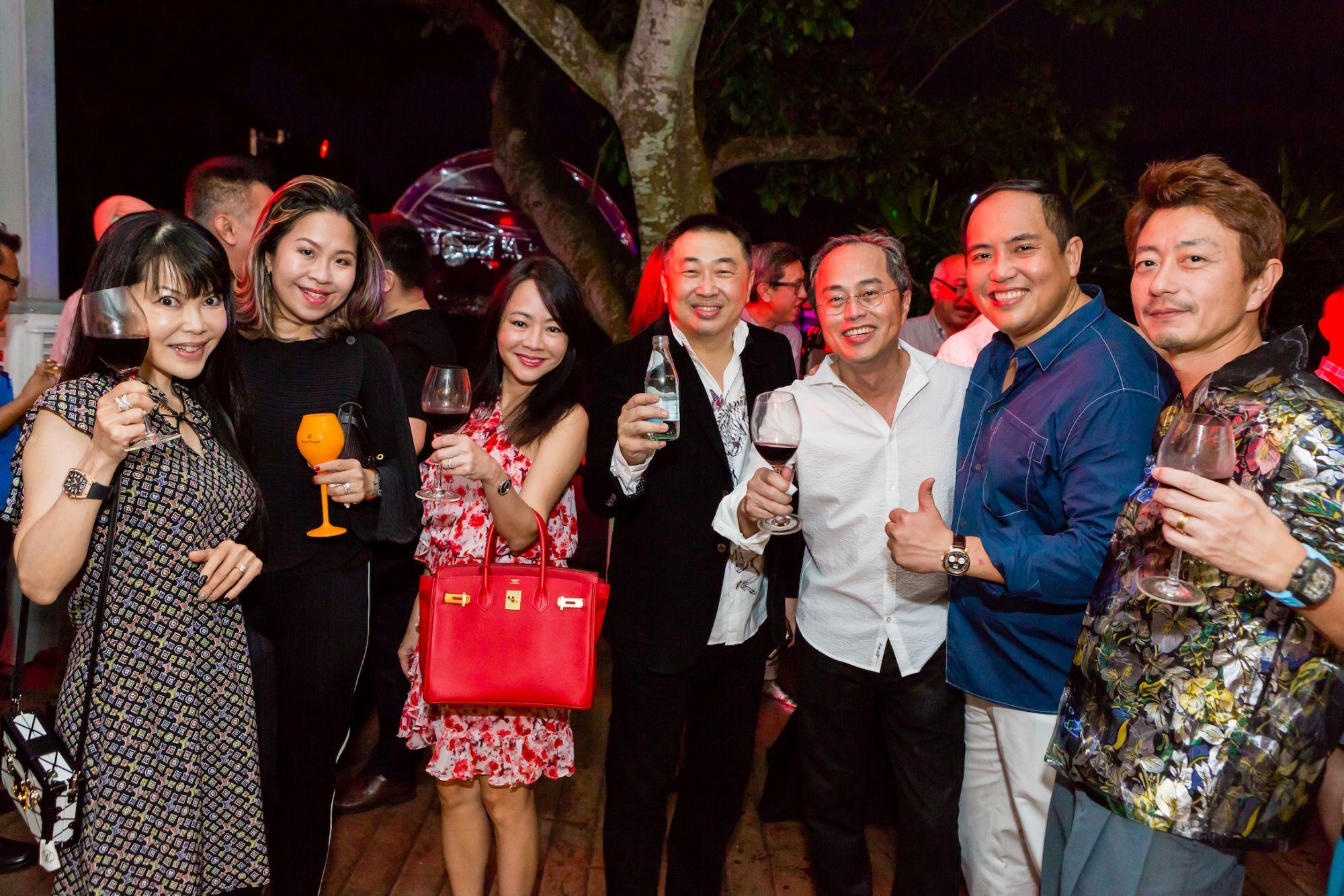 Kyoko Abe, Angela Koh-Ang, Aileen Chow, Timothy Tam, Cheng Eng Wah, Francis Koh, Kimihisa Abe