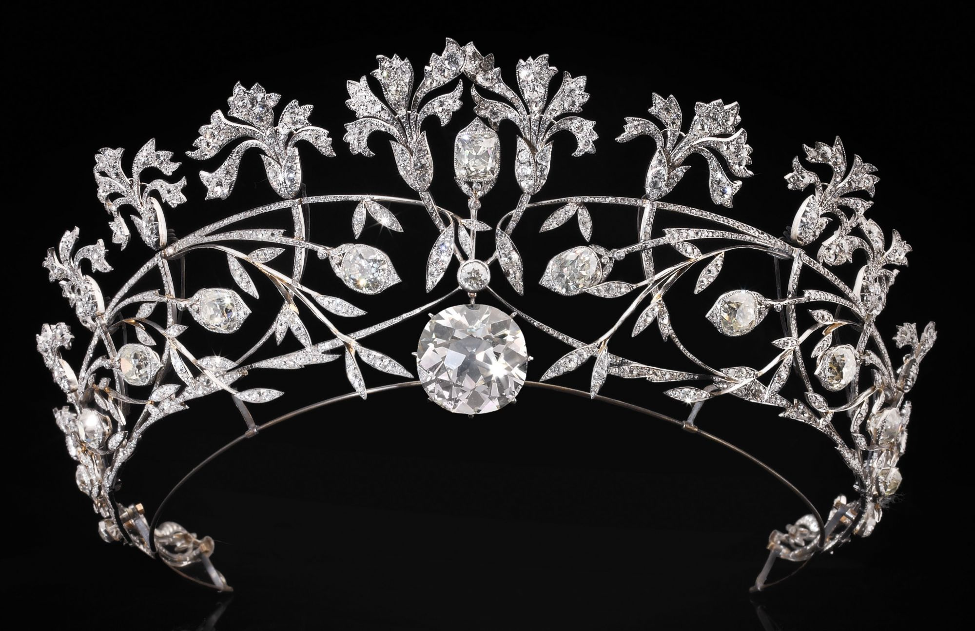 From The Pope's Tiara To Marie-Antoinette's Artefacts, Discover Chaumet's Incredible History