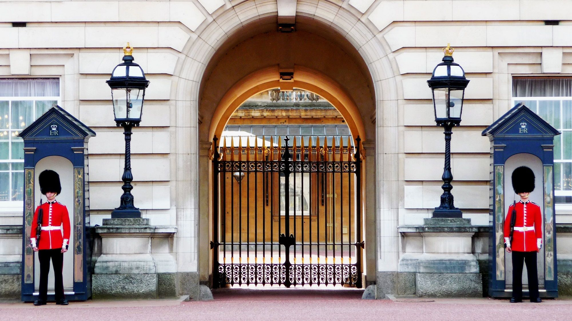 Buckingham Palace Will Be Undergoing A 10-Year Renovation