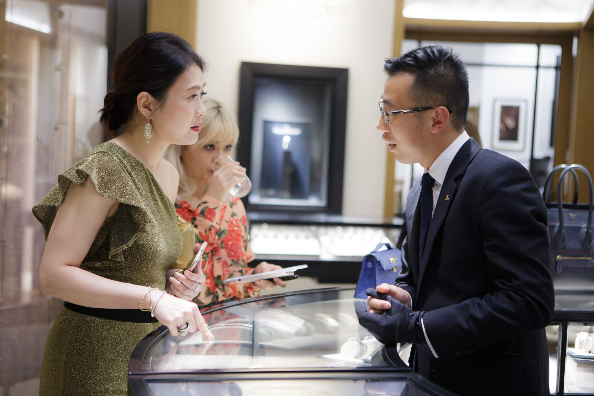 Jewels & Time Week A Resounding Success
