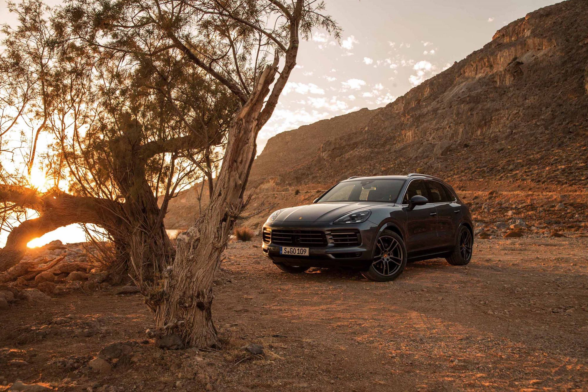 Porsche's Third-Generation Cayenne SUV Is A Surprisingly Apt Off-Road Drive