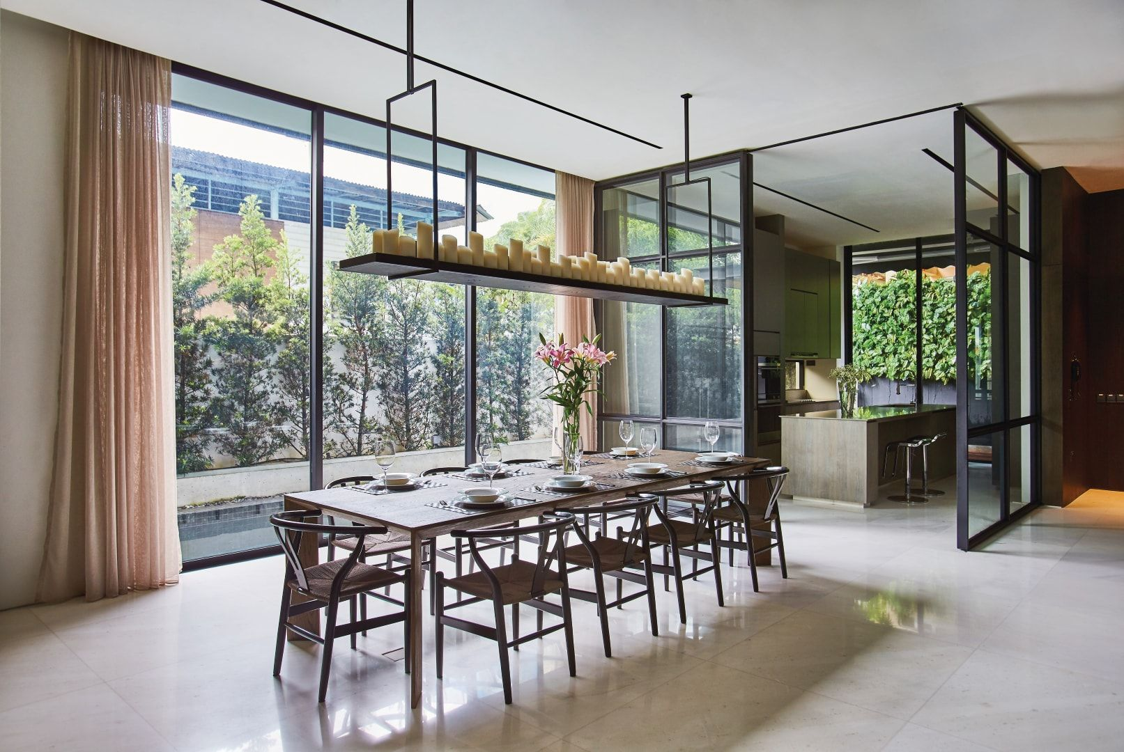 Home Tour: This Modern House Embraces The Minimalist Lifestyle