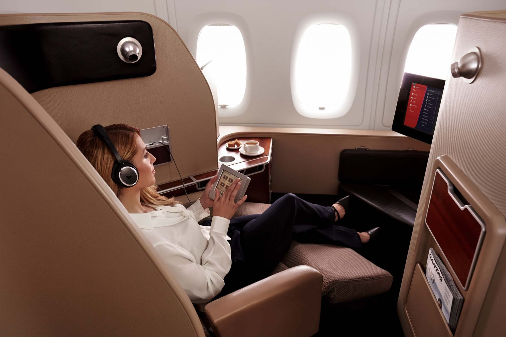 Here's Why Qantas First Class Is a Culinary Journey In The Sky