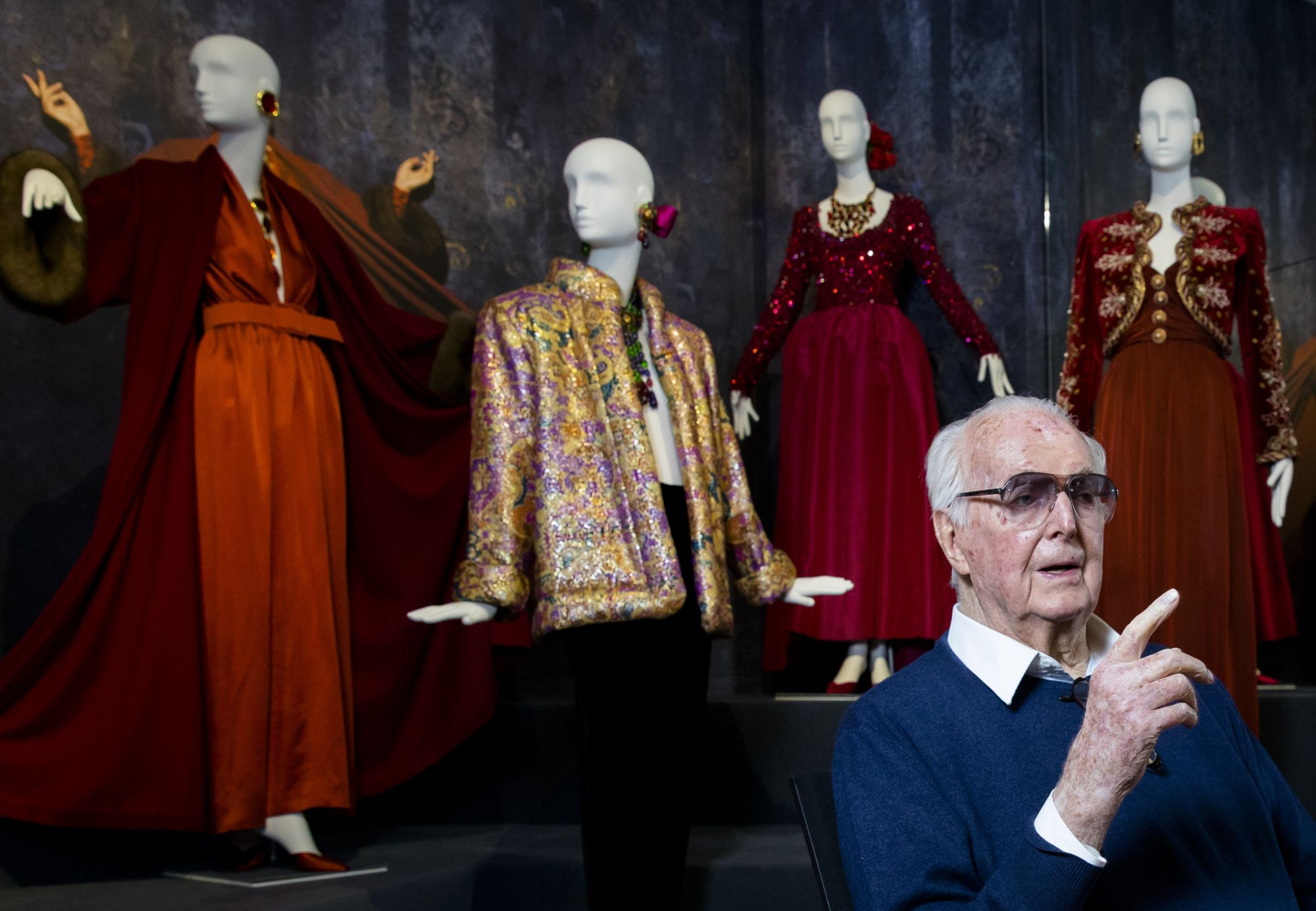 8 Of Hubert De Givenchy's Most Iconic Looks