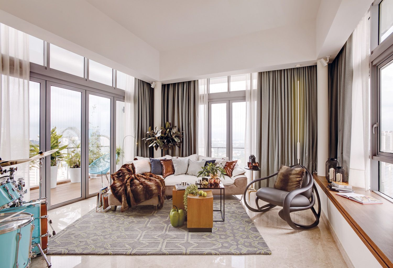 Home Tour: A Penthouse With A Tropical Flair