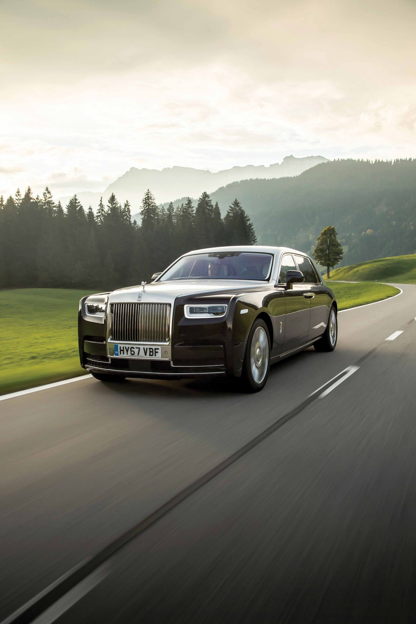 "Is The Rolls-Royce Phantom The ""World's Best Car""?"