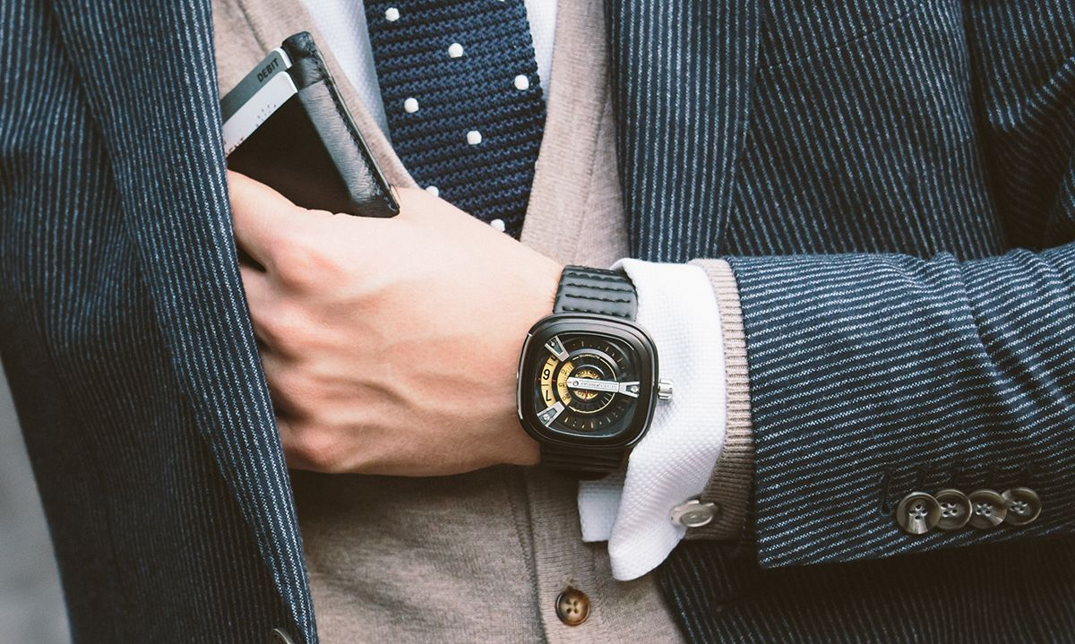 10 Stylish Square Watches To Switch Up Your Style