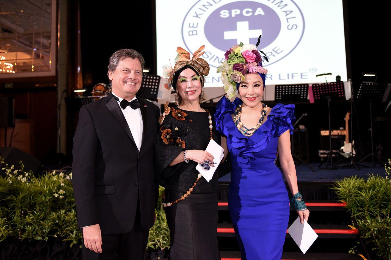 Luis Fernando de Andrade Serra, Peggy Jeffs and Grace Yeh