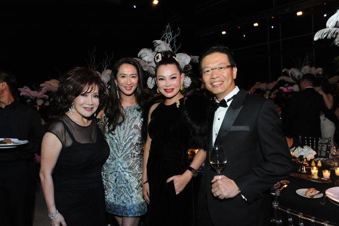 Lotus Soh, SharmaineHan, Susanna Kang and ChengHeng Chew