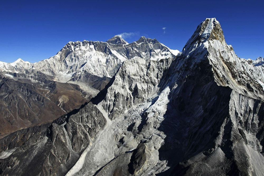 Noma Chef To Host Pop-Up Dinner On Mount Everest
