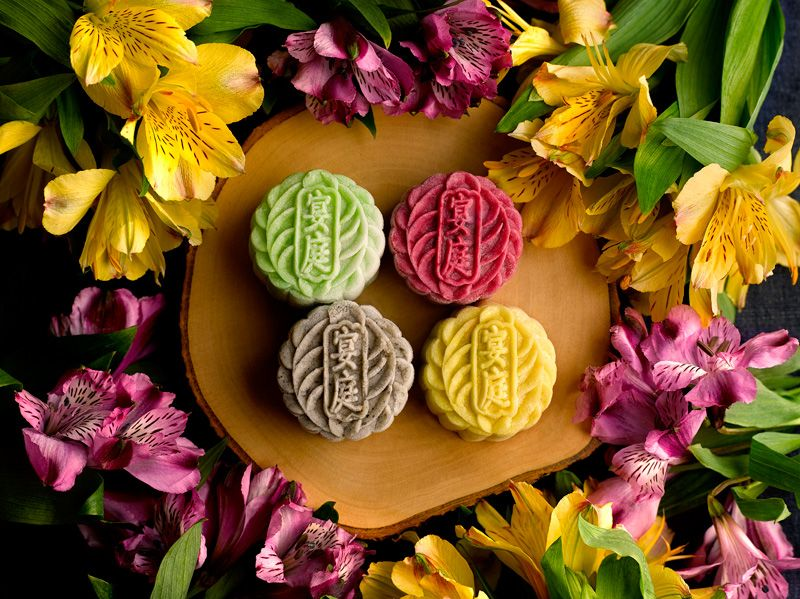 11 Interesting Mooncake Flavours to Try This Mid-Autumn Festival