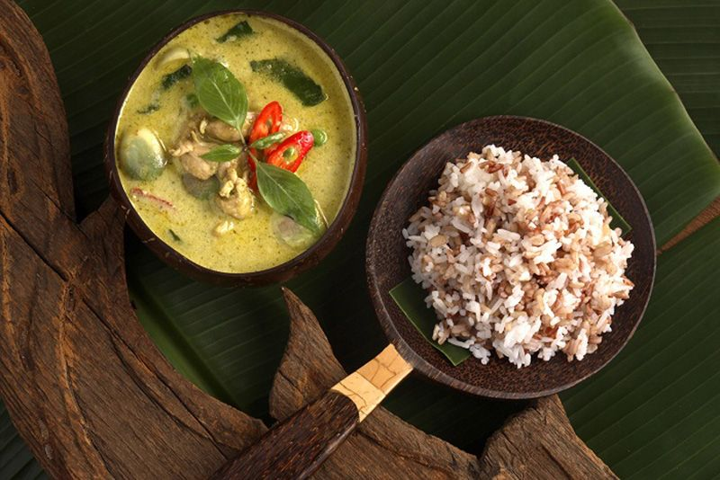 Jim Thompson Thai Restaurant & Wine Bar Brings the Complete Thai Experience to Singapore