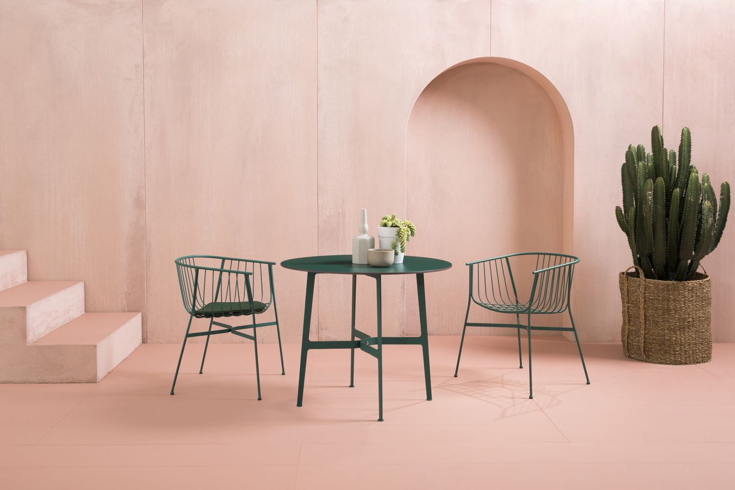 SP01 outdoor dining set in green