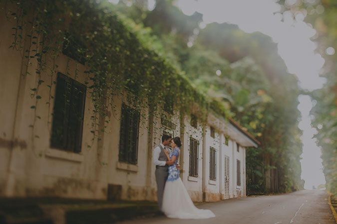 A Pre-Wedding Photoshoot Inspired By Multi-Cultural Singapore