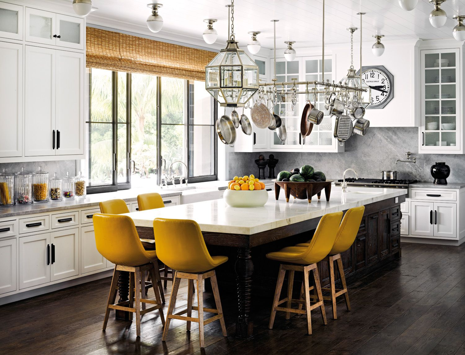 6 Chic Ways To Create A Kitchen For Entertaining