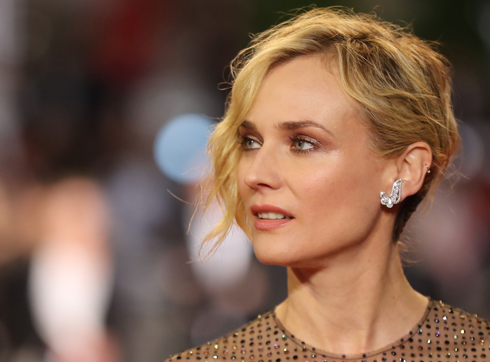 4 Ways To Wear Nude Lipstick, As Seen At Cannes