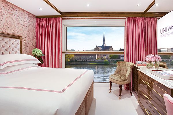 Sightsee Paris Without Even Leaving Your Hotel