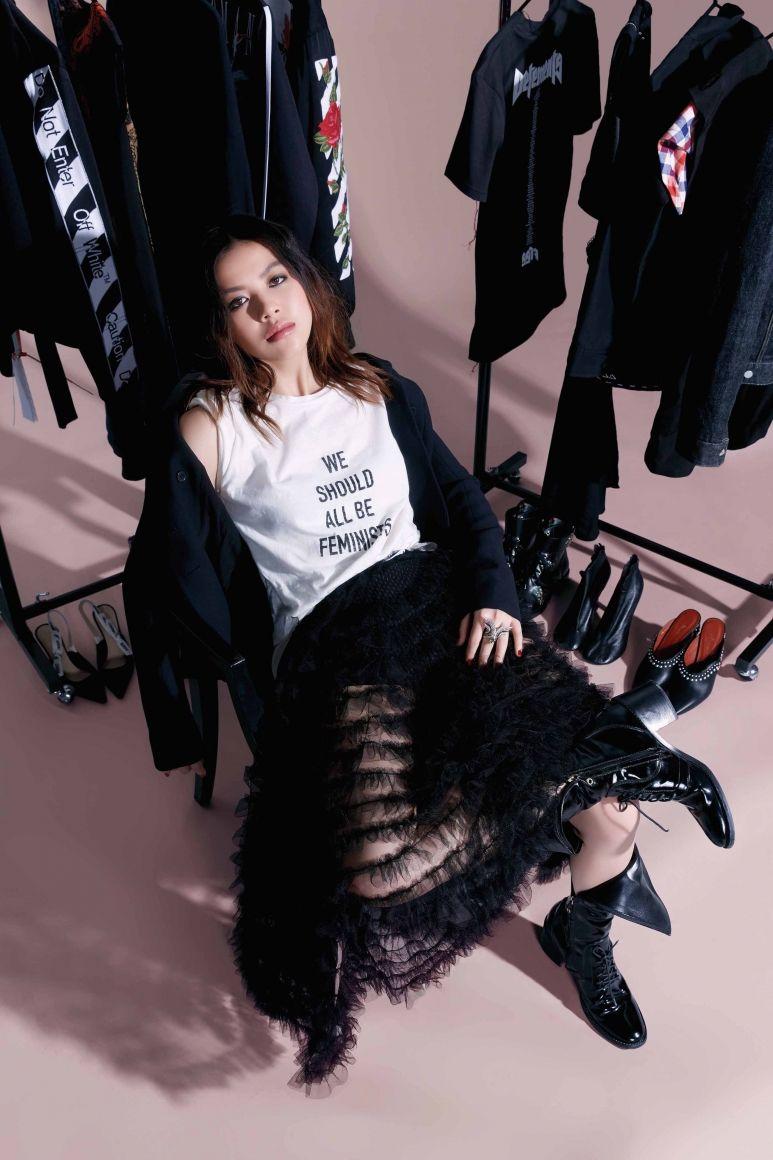 7 Ways To Master Street Chic, According to Chloe Ng