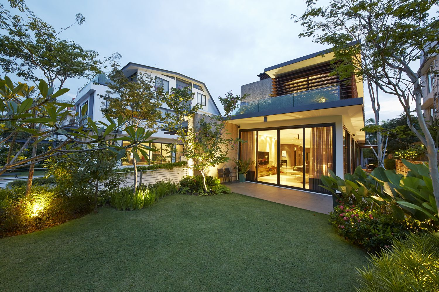 Bring Resort Style Home Get Decor Ideas From This Singapore