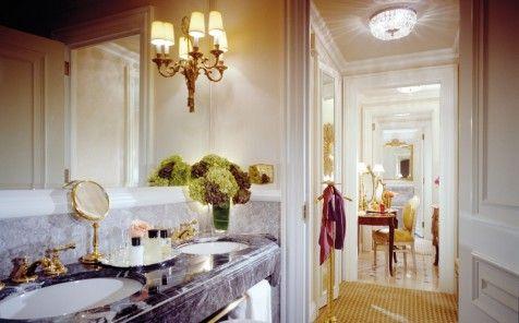 Hotel-Inspired Bathroom Decor